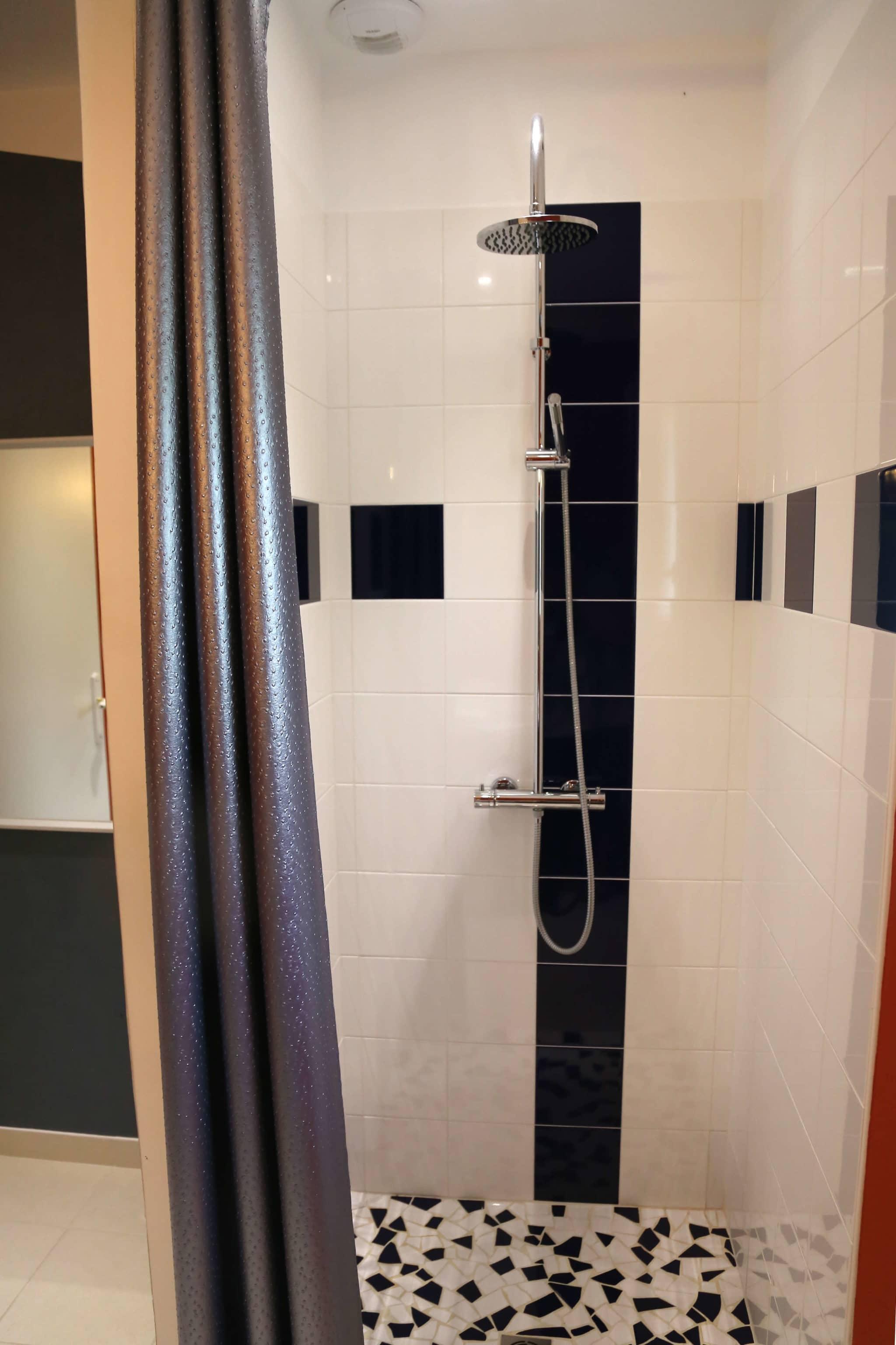 maison d'hotes le logis du parc en vendée - douche à l'italienne