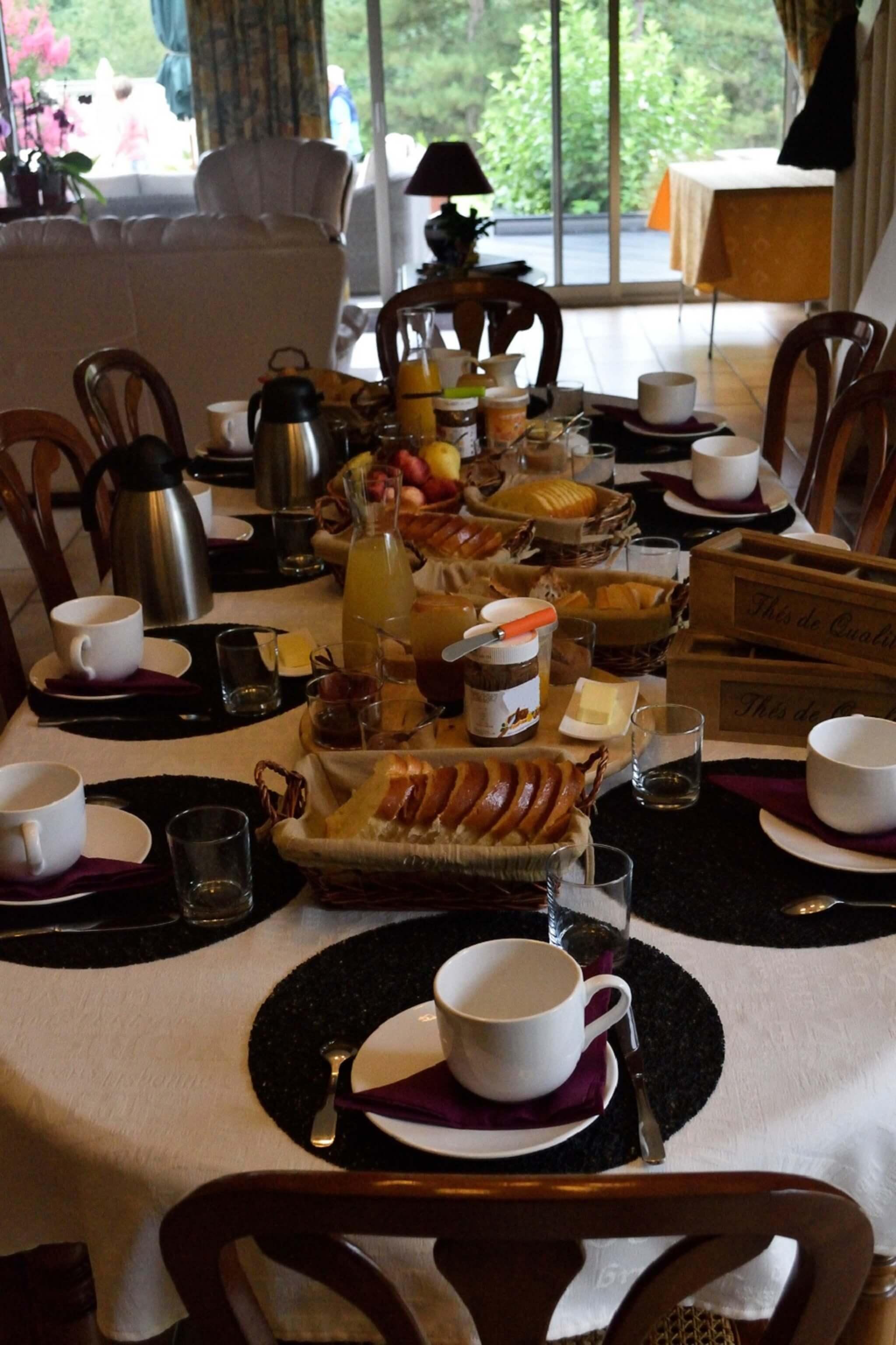 petit déjeuner en chambre d'hotes près du puy du fou
